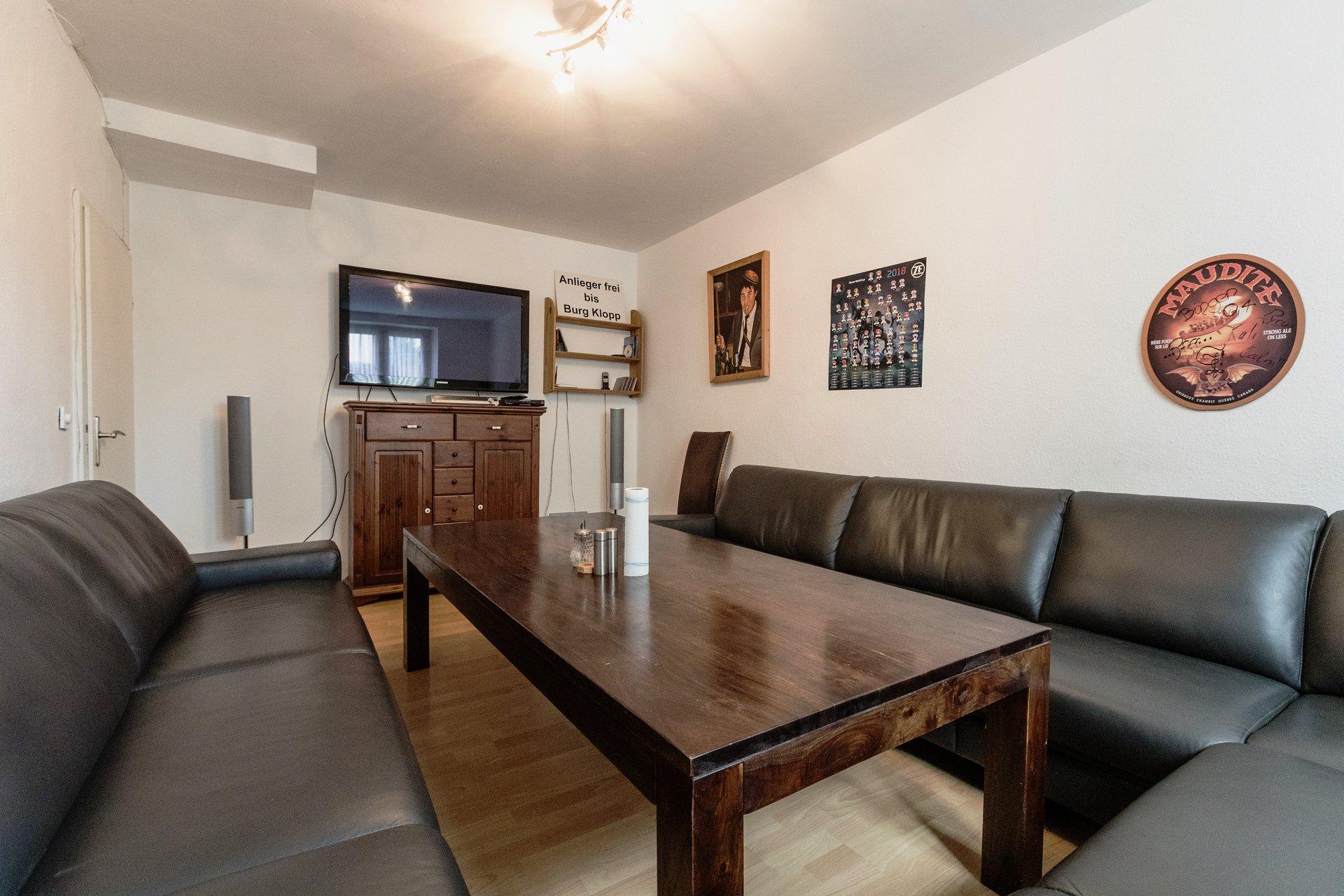 Studentenwohnheim Bingen Teutonenhaus Wohnzimmer und Fernsehraum